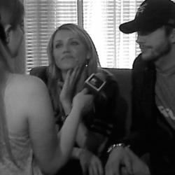 Anya interviewing Cameron Diaz and Ashton Kutcher